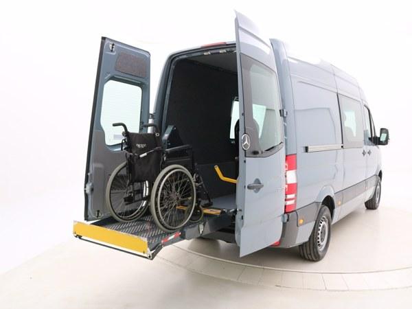 Mercedes Sprinter rolstoellift