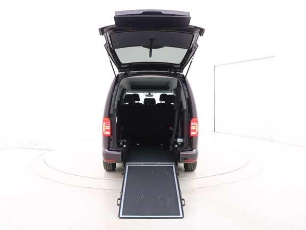 Volkswagen Caddy Maxi met oprijplaat
