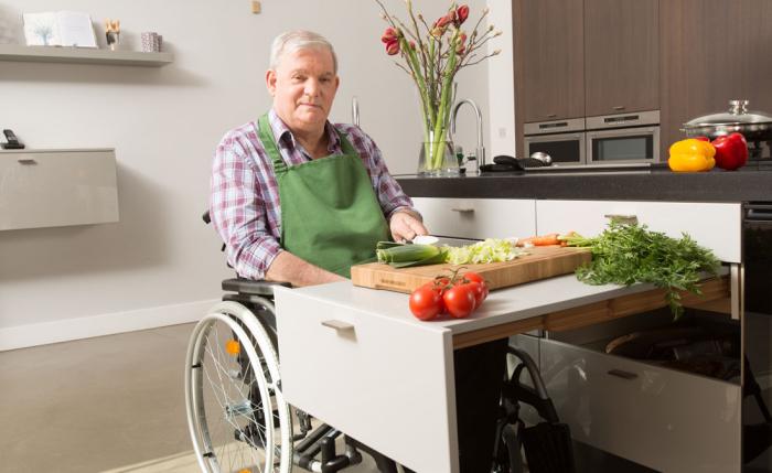 aangepaste keuken verrijdbaar aanrecht