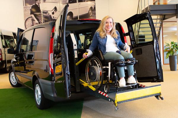 Aangepaste gehandicaptenauto's en bussen