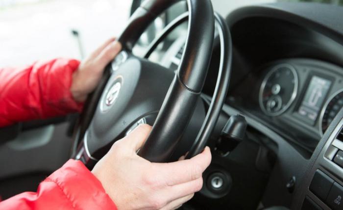Auto aanpassen naar gehandicaptenauto