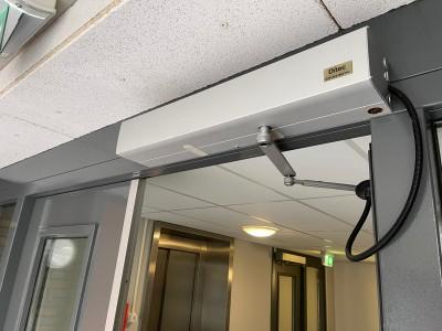 Deuropening plafondlift