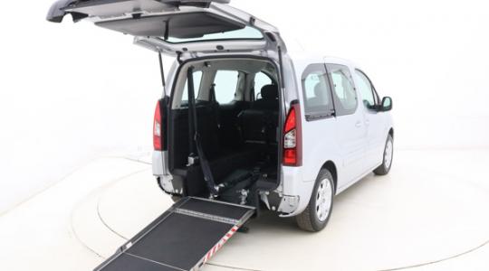 Peugeot Partner rolstoelauto