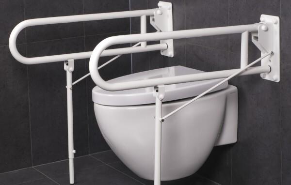 verhoogd wc met toilet- en wandbeugels