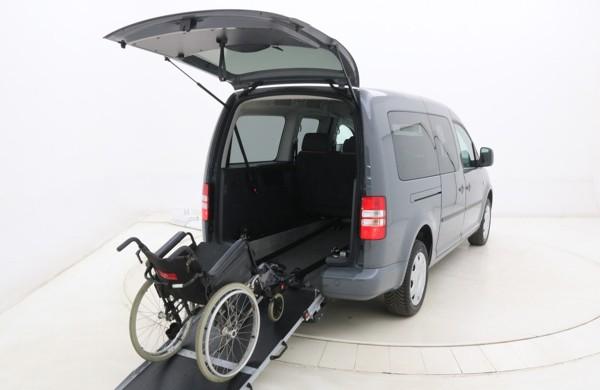 Aangepaste rolstoelauto