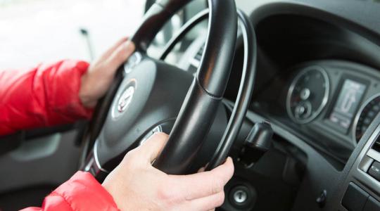 handgas en bedrijfsrem autoaanpassing